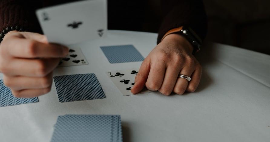 RNG Blackjack Vs. Live Dealer Blackjack
